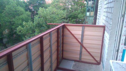 Вынос балкона с обшивкой Киев