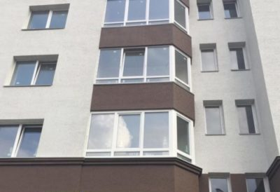 Эркерный балкон-вид с улицы